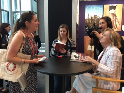 Afterwards she signed books and chatted with readers.